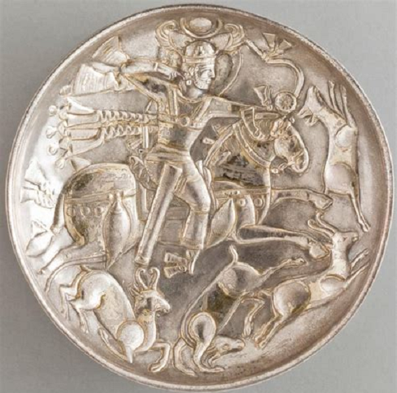Sasanian hunt as stellar triumph oveer zodiac