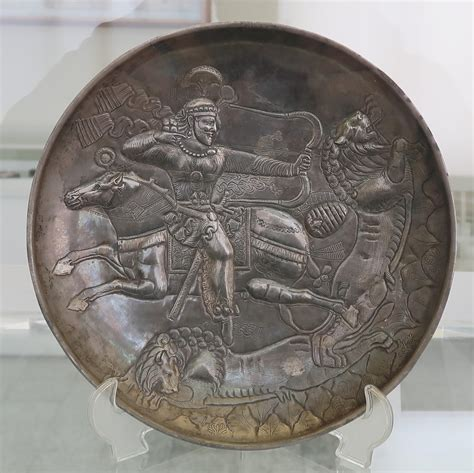 Sasanian hunt backward turning